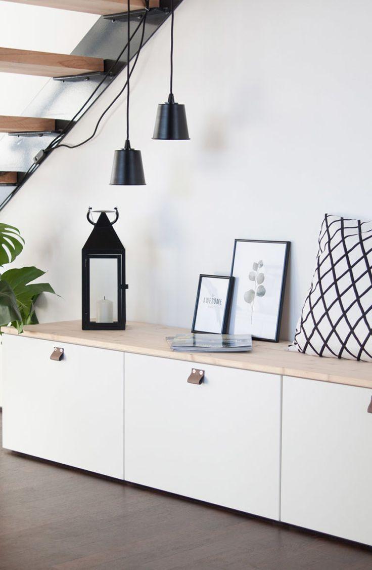 Sitzbank im Flur aus Ikea Bestå #mediarooms