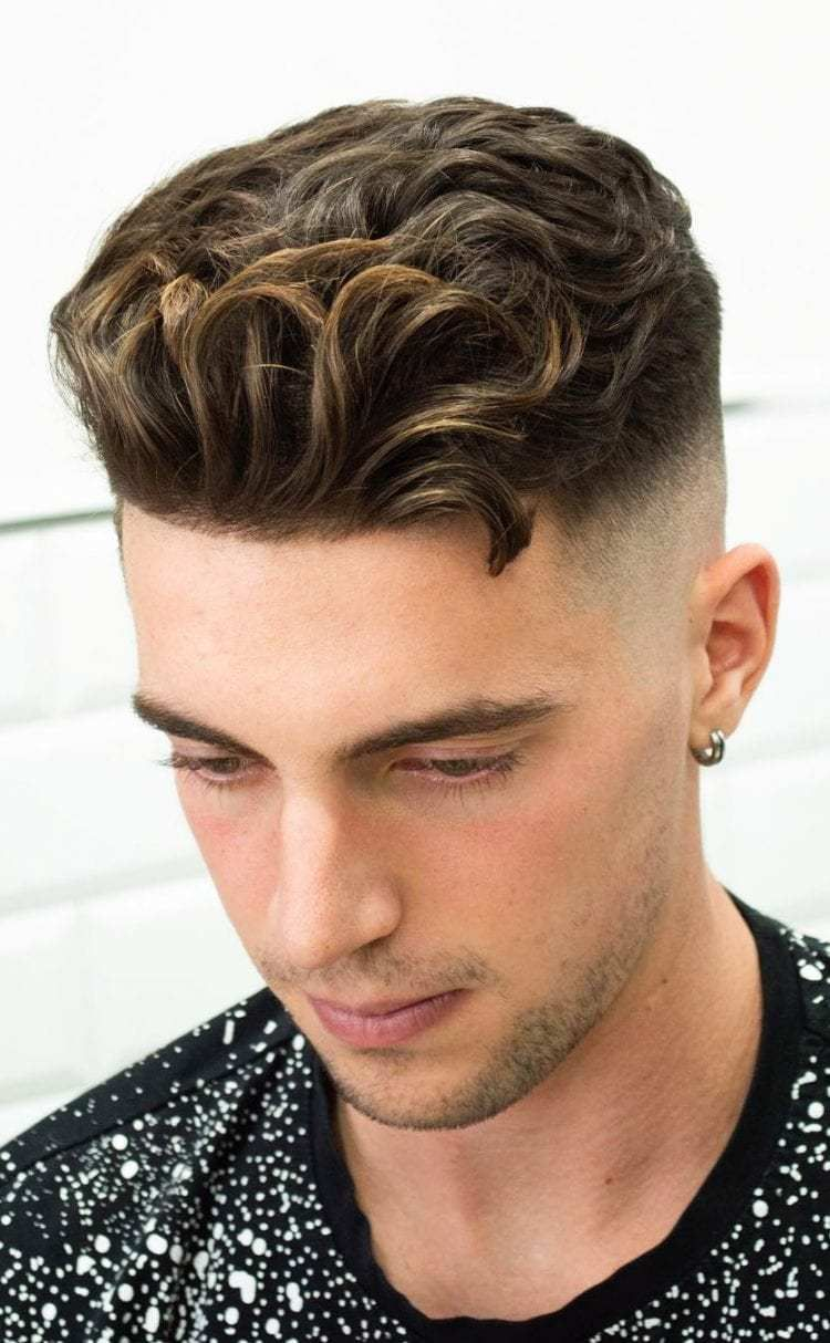 Curly Undercut With A Disconnected Fade Line Up Stylish Undercut Hairstyle Variations For 2019 Undercut Hairstyles Wavy Hair Men Fade Haircut