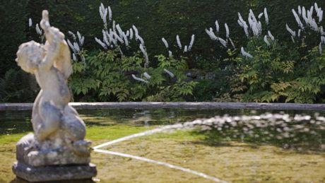 Hidcote Mannor  - Bathing pool garden