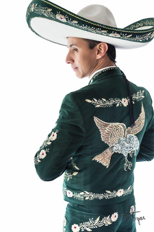 8e598abe2 Un Charro de Jalisco finds the most gorgeous Amazon  He came wearing ...