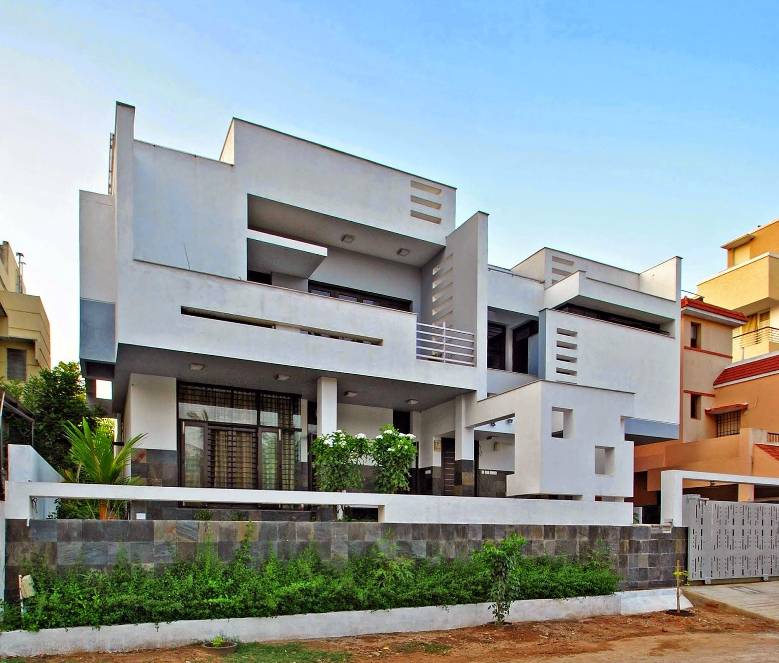 Pin von Murali Architects auf Residence for Mr. Jude and family at ...