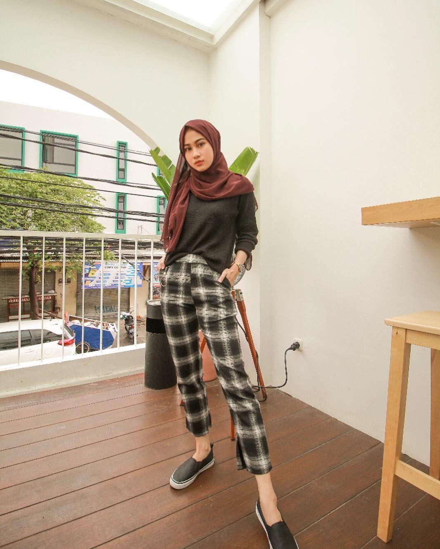 Style Baju Kotak Kotak Hijab
