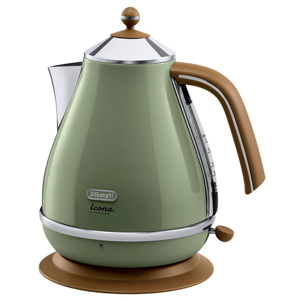 Love The Style Of This Delonghi Vintage Icona Kettle Olive Green Gloss Kbov3001 Gr At Amara Green Kitchen Accessories Kettle And Toaster Electric Kettle