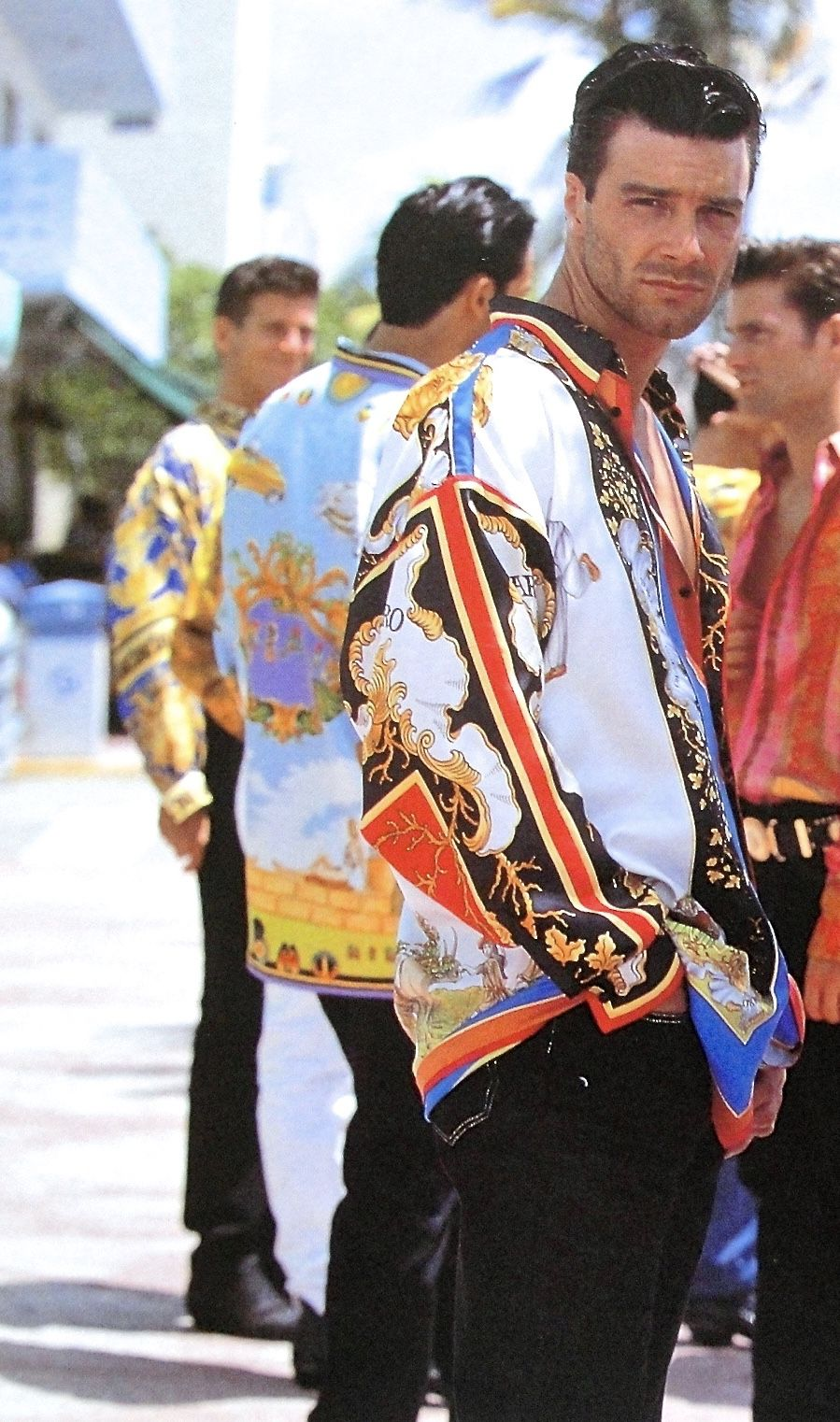 d323966ff8a GIANNI VERSACE SIGNATURE Spring Summer 1990 photographed by DOUG ORDWAY