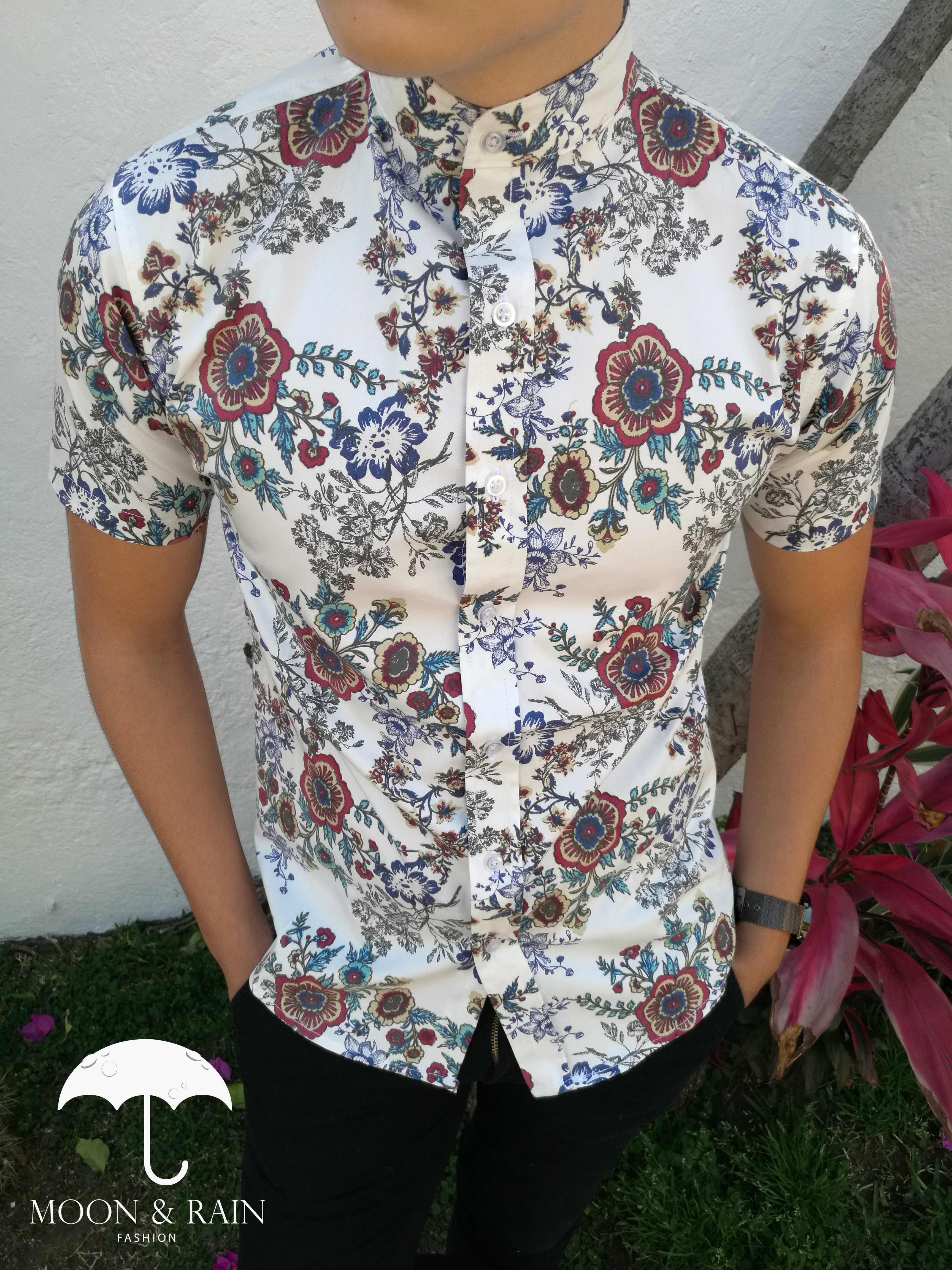 Camisa Manga Corta Blanca de Flores para Hombre Exclusiva de la Marca Moon    Rain bb08afe3d04e4