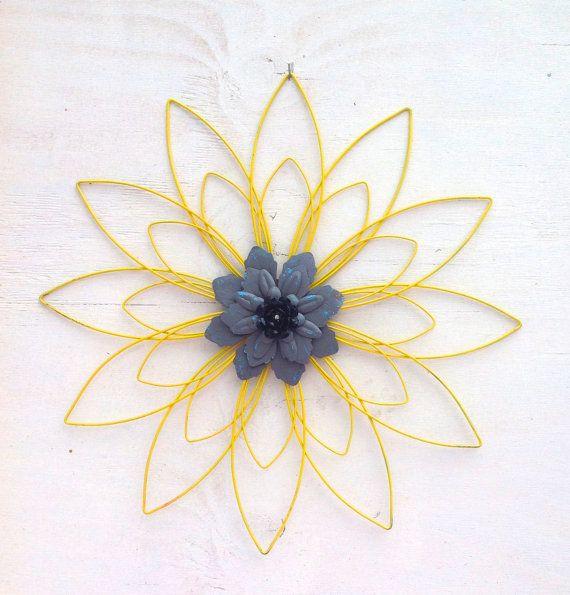 Yellow-Gray-Black 3D Metal Flower / 25 by BlueCottageCreation | Yard ...