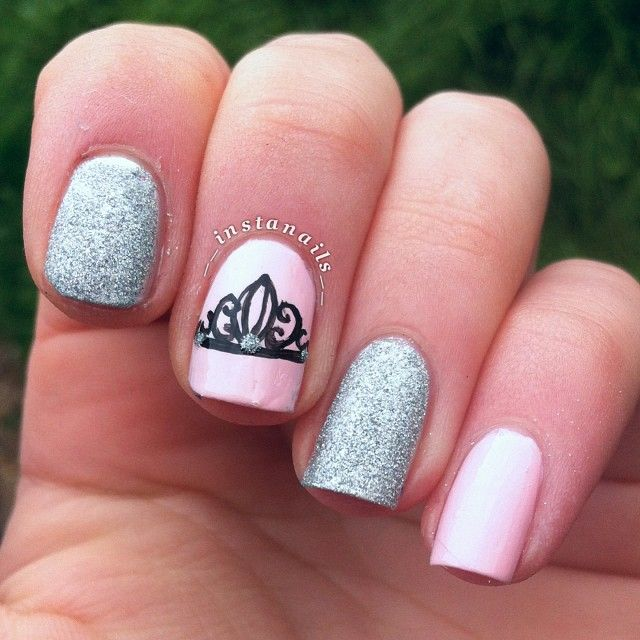 Crown Nails Nails Pinterest Uña Decoradas Uñas And