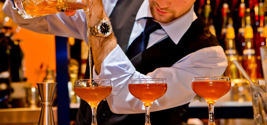 Choose the BestCourse for Your Career Growth Bartender