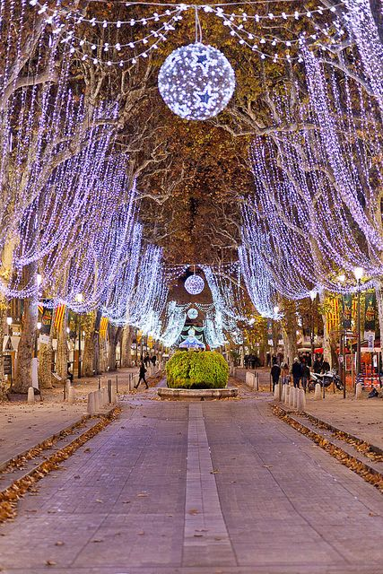 Aix-en-Provence - my home town and area 416fb8be0124ee11b4833e43c4f009ee