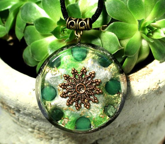 Orgonite Pendant with Aventurine and Moss Agate