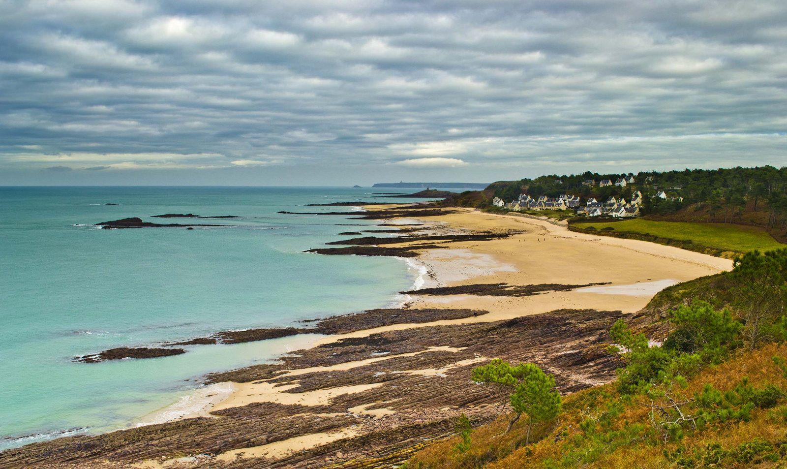 Côtes d'Armor_La côte de Penthièvre_Le cap d'Erquy_06_   Flickr - Photo Sharing!