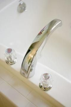 How To Fix A Bathtub Faucet That Won T Turn Bathtub Repair