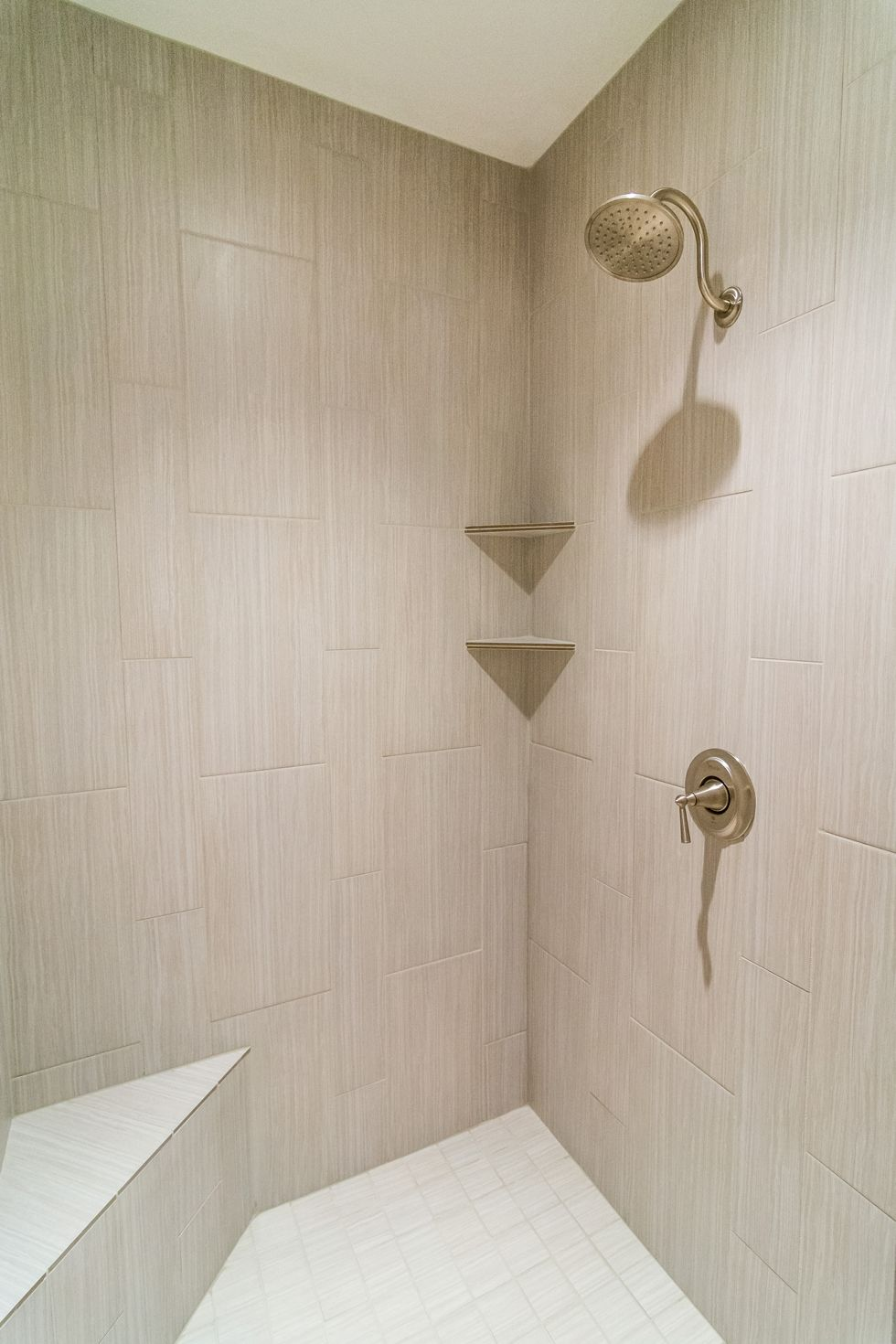#shower #walkinshower #decor #interiordesign #design #tile #stgeorge #newhome #encehomes