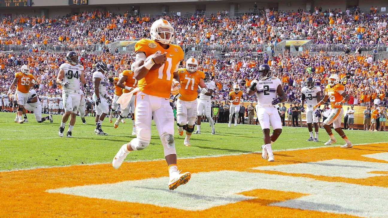 Tennessee starts 2016 right, blows out Northwestern in the