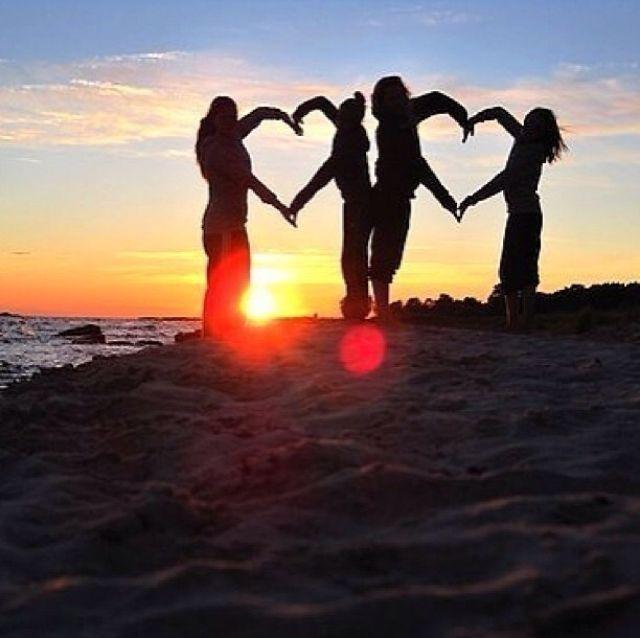 Love Your Best Friends Sunset Beach Friends Scenic Heart