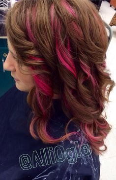 Not So Close To Top Of Head Or Front Pink Highlights Brown Hair With Pink Highlights Hair Color Highlights Hair Styles