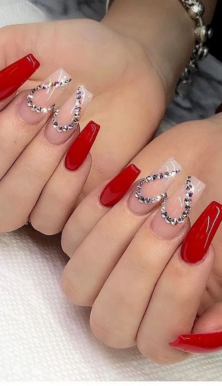 13 Lovely Winter Nails Design Ideas You Should Copy In 2020