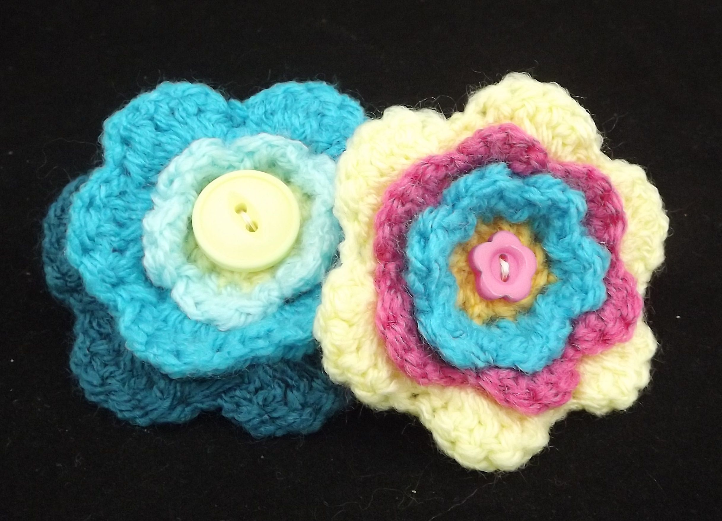 s floare facebook flower crosetata com crocheted pin brosa brooch