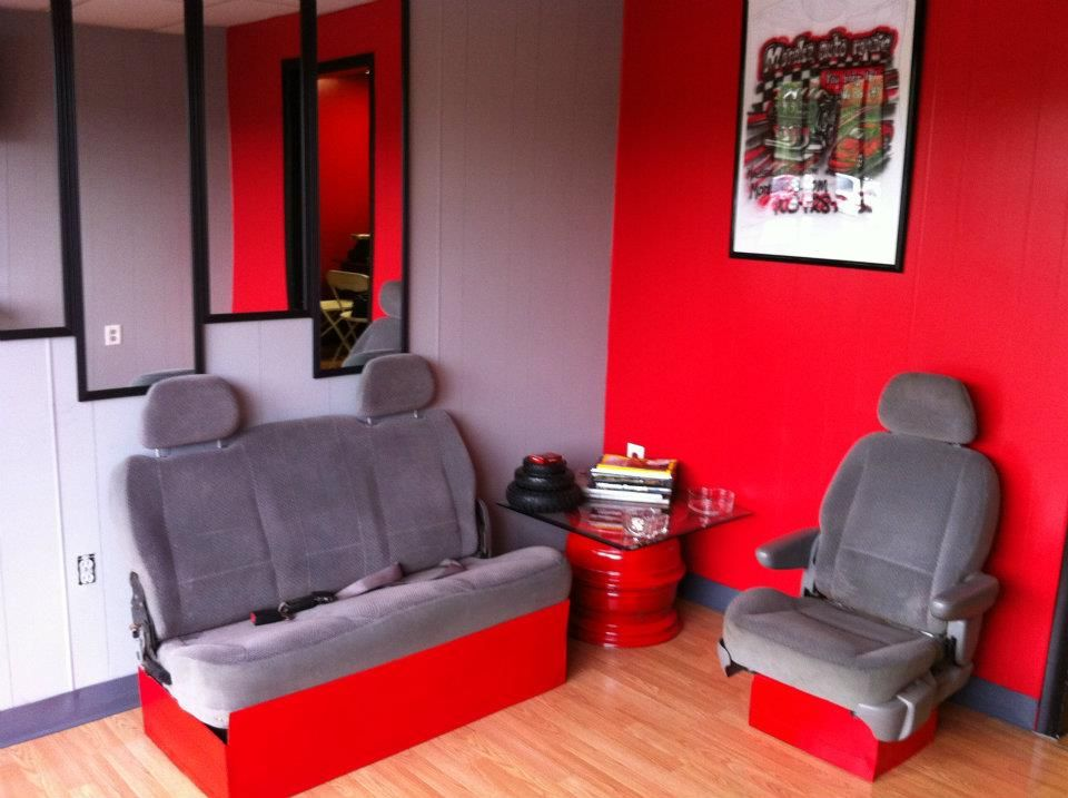 Our waiting room! Come in and check it out 4399D