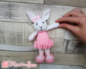 Amigurumi Bunny Free : Heart & sew: ballerina bunny free crochet amigurumi pattern