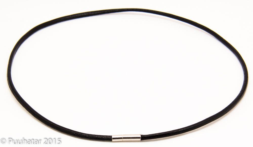 Nahkainen nauhakaulakoru musta - Kaulakorut nahka - 10401 - 1