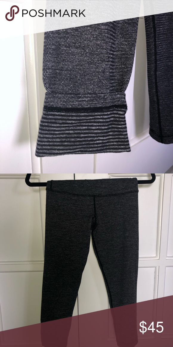 8831f0569 Lululemon wunder under crop size 6 REVERSIBLE lululemon wunder under crop  Size 6 Gray Used excellent condition lululemon athletica Pants Ankle    Cropped