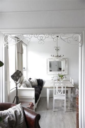 Jeanne-d-Arc-Fenster-Fries-Fensterfries-vintage-shabby-chic - esszimmer weis landhaus