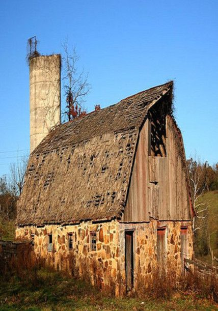 There S So Much Beauty Still Left To Be Discovered In This Wood Old Barns Such As These Are Source Inspiration For Our Aut Old Barns Country Barns Stone Barns
