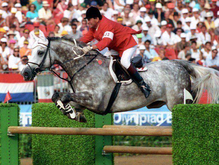 Apricot D & Hugo Simon | Grey horse, Warmblood horses, Sport horse