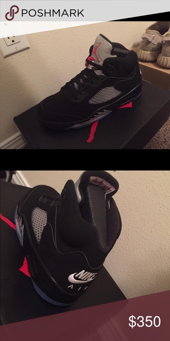 cheaper f1f77 3683a Jordan 5 Retro Nike Air on the back, brand new Jordan Shoes ...