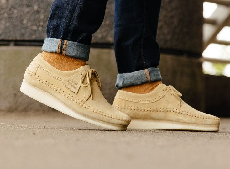 9ddea4700b027 Chaussure Clarks Originals Weaver  Maple Suede  (1)   For the love ...
