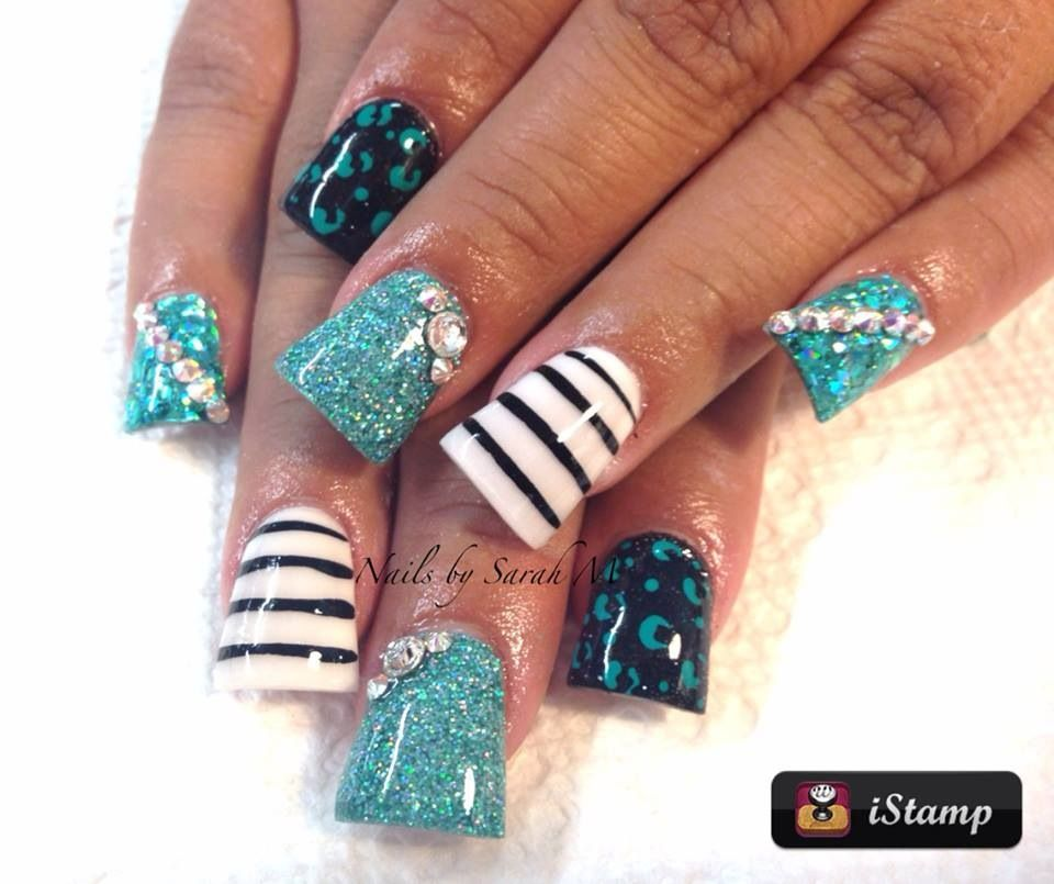 Loveee the fanned out acrylic. The designs are beautiful! | Nails ...