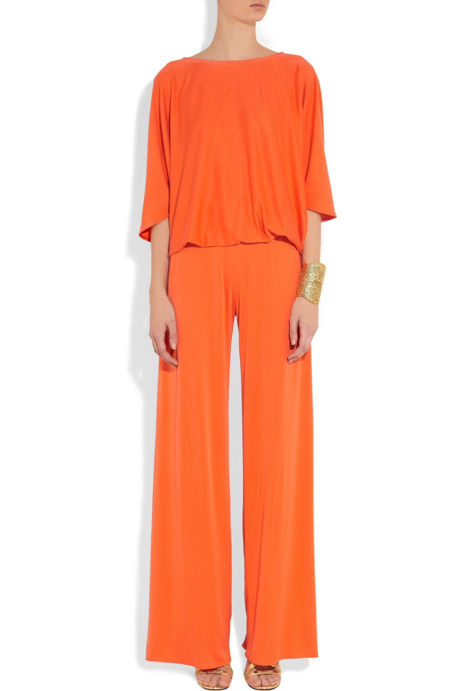 Issa jumpsuit, Herv Van der Straeten earrings, Aurlie