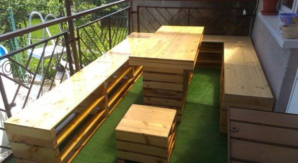 100 Möbel aus Paletten - schöne Wohnideen für Sie europaletten - gartenbank aus paletten selber bauen