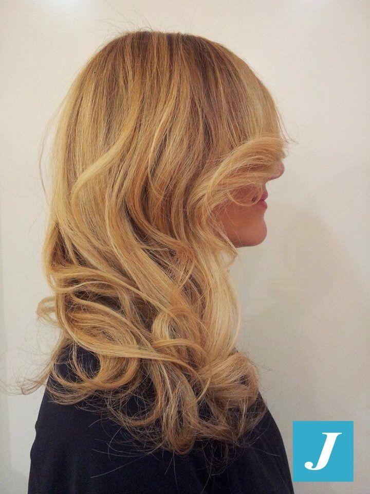Stanche della riga di ricrescita? Scegli il Degradé Joelle! #cdj #degradejoelle #tagliopuntearia #degradé #welovecdj #igers #naturalshades #hair #hairstyle #haircolour #haircut #fashion #longhair #style #hairfashion
