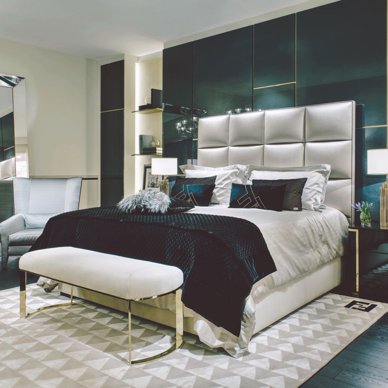Pin By Glamfashionluxe On D E C O R Apartment Furniture Luxurious Bedrooms Home Furniture