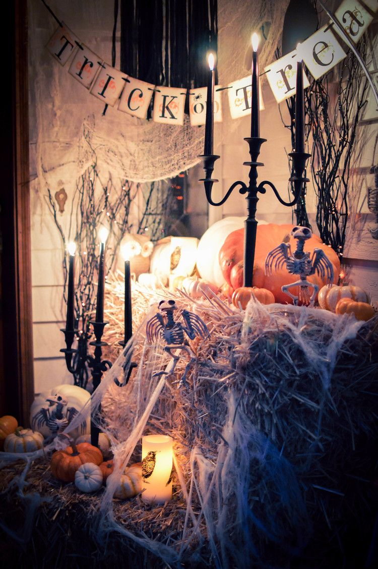 Welcome to our haunted house! \u2014 house of five Halloweeeeen - halloween houses decorated
