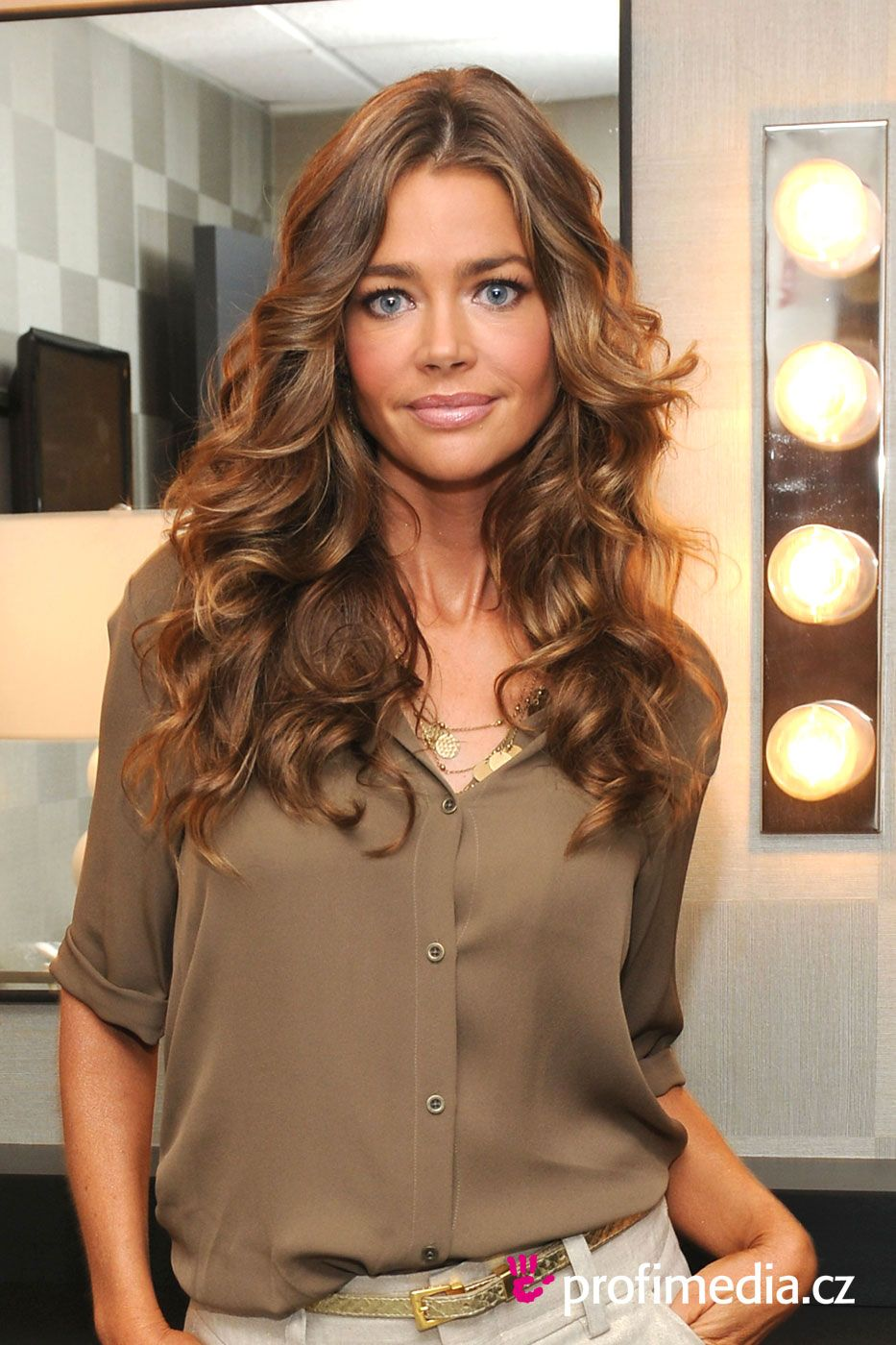 Denise Richards Trendy Hair Color for Long Hair