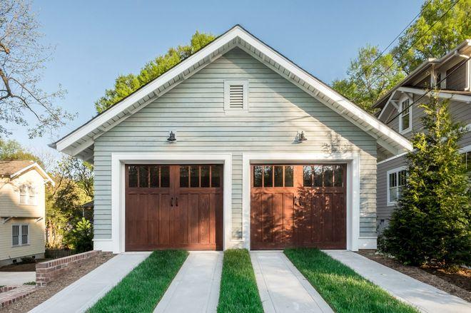 28 Outdoor Projects Everyone Should Know About Via Houzz Craftsman Garage Door Garage Door Paint Garage Door Colors