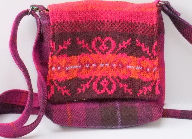 Harris Tweed small across body bag in pink witrh hand knitted fairisle £40.00