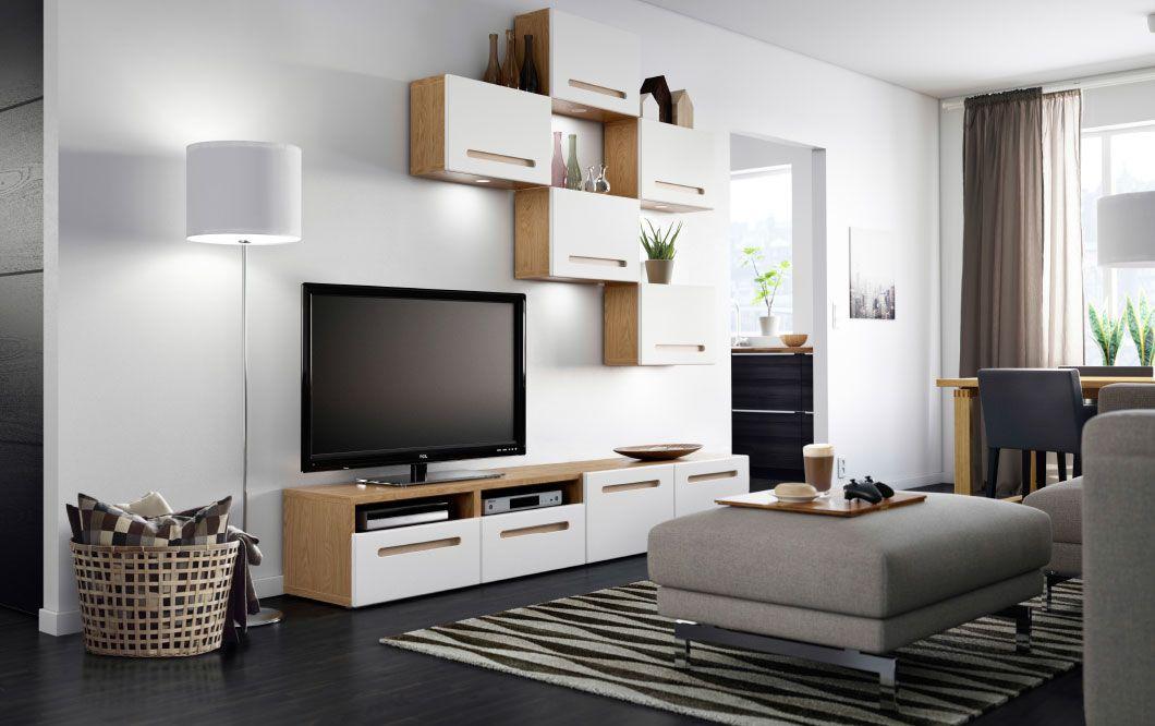 Lichtgrijs Eiken Meubels : Woonkamer met tv meubel in eiken met witte lades en bovenkasten