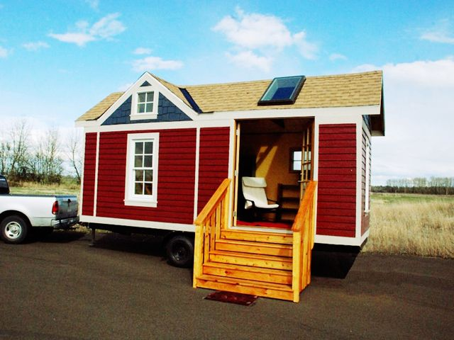 Http tinyhouselistings com charming tiny house for