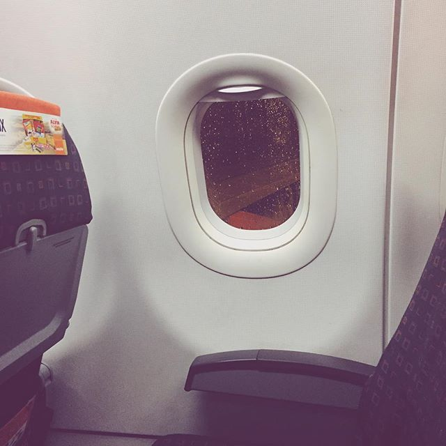| THE BEST SEAT IS THE WINDOW SEAT | #MAYANORAA #MOTIVATION #TRAVEL #TALNTS #TRAVELS #TRAVELING #PLANE #AIRPORT #WORLD #WORLDWIDE #WANDERLUST #EASYJET #LONDON #NETHERLANDS #UK #AMSTERDAM #SCHIPHOL #LIVEAUTHENTIC #LOVETRAVEL #AUTHENTIC #ABROAD #INSTATRAVEL #INSTAGOOD #TRAVELGRAM