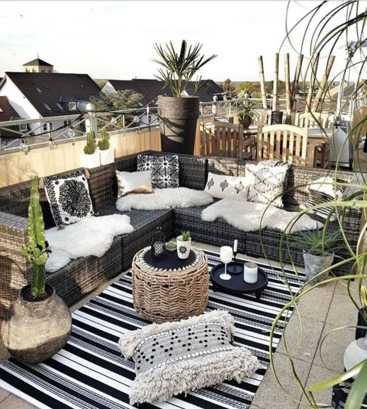 33 Creative boho balcony in your home decor