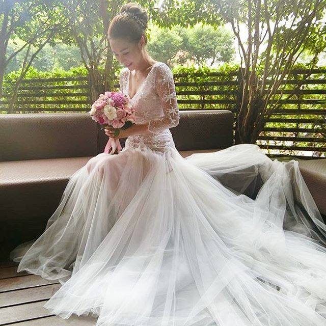 Big Day分享 美麗新娘wing穿上 Kevyiu Kevolie 白色水晶