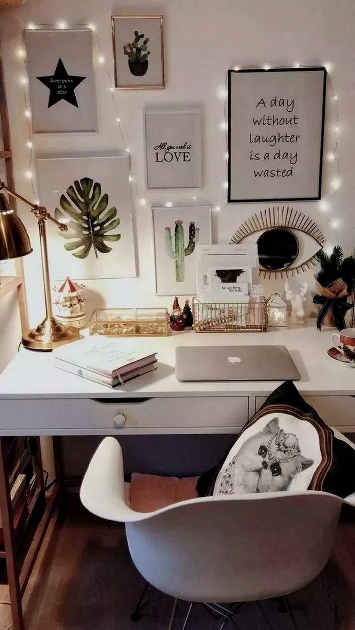 Photo of Low-cost Shelf Decor – SalePrice:41$