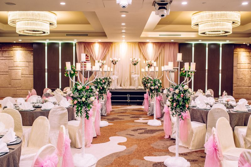 37 Majestic And Dreamy Hotel Ballrooms In Singapore For Weddings Ballroom Wedding Hotel Ballroom Ballrooms