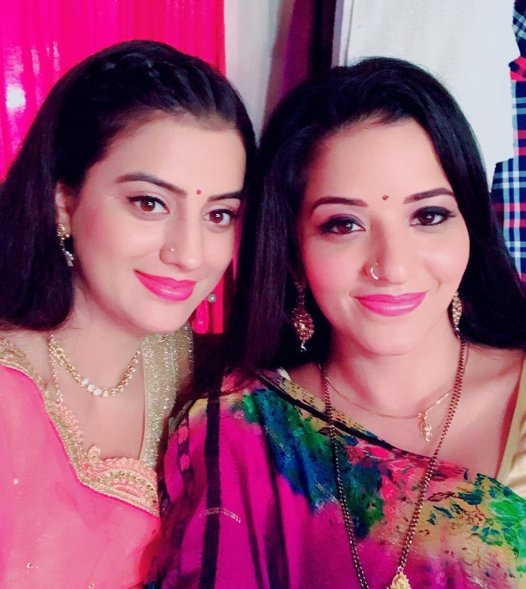 People Says We Look Like We Are Sisters Bhojpuri Actress