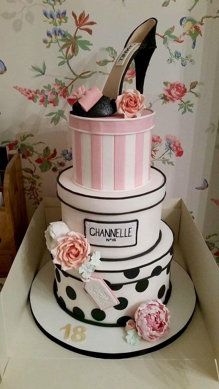 Cool My Daughters Amazing 18Th Birthday Cake Chanel Designer Funny Birthday Cards Online Chimdamsfinfo