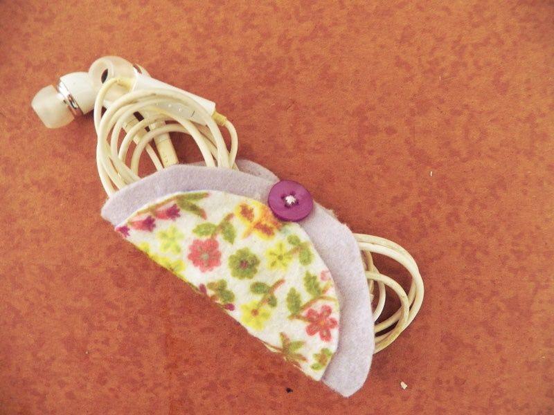 DIY: Porta fones de ouvido de feltro - Dona Engenhosa